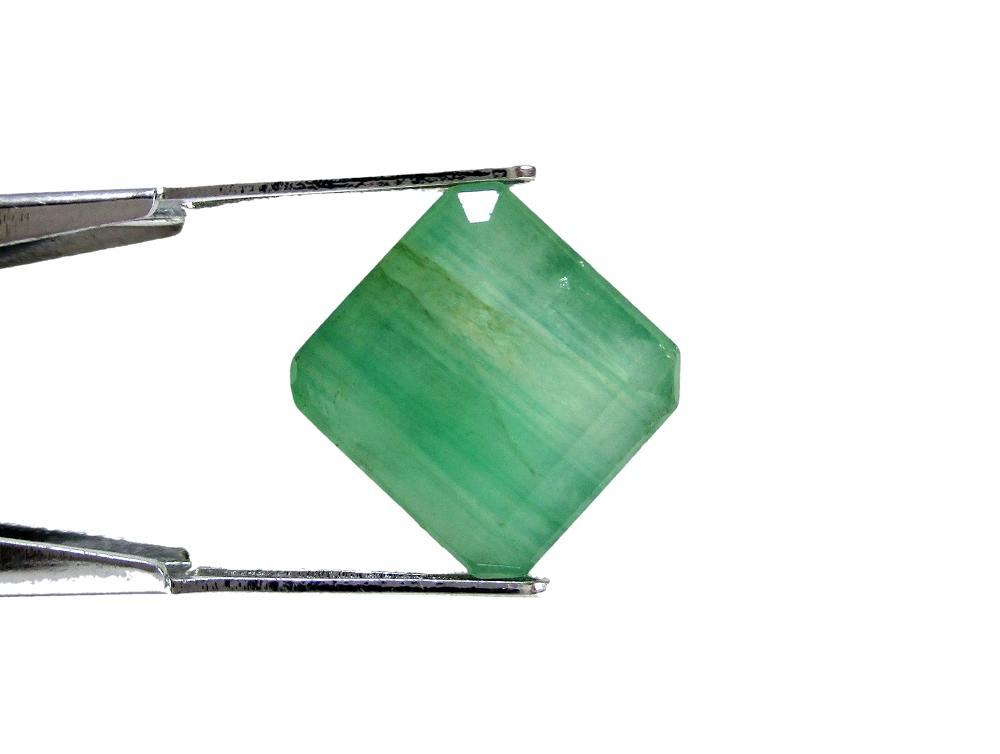 Emerald - 7.19 Carat - GFE06006 - Image 2