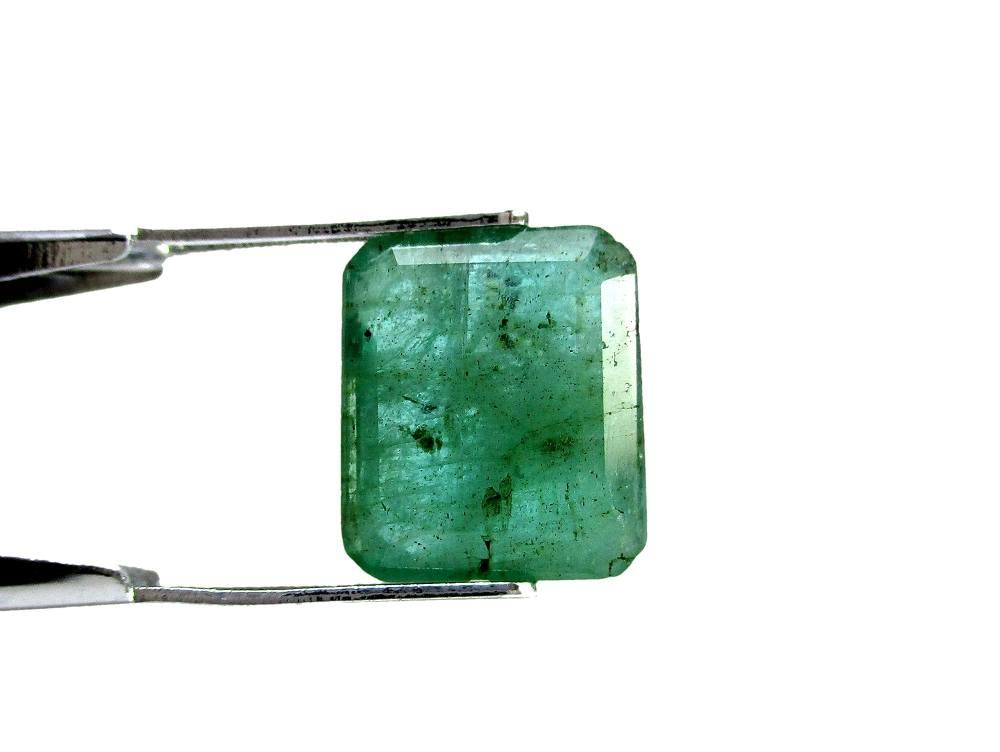 Emerald - 4.40 Carat - GFE06009 - Image 2