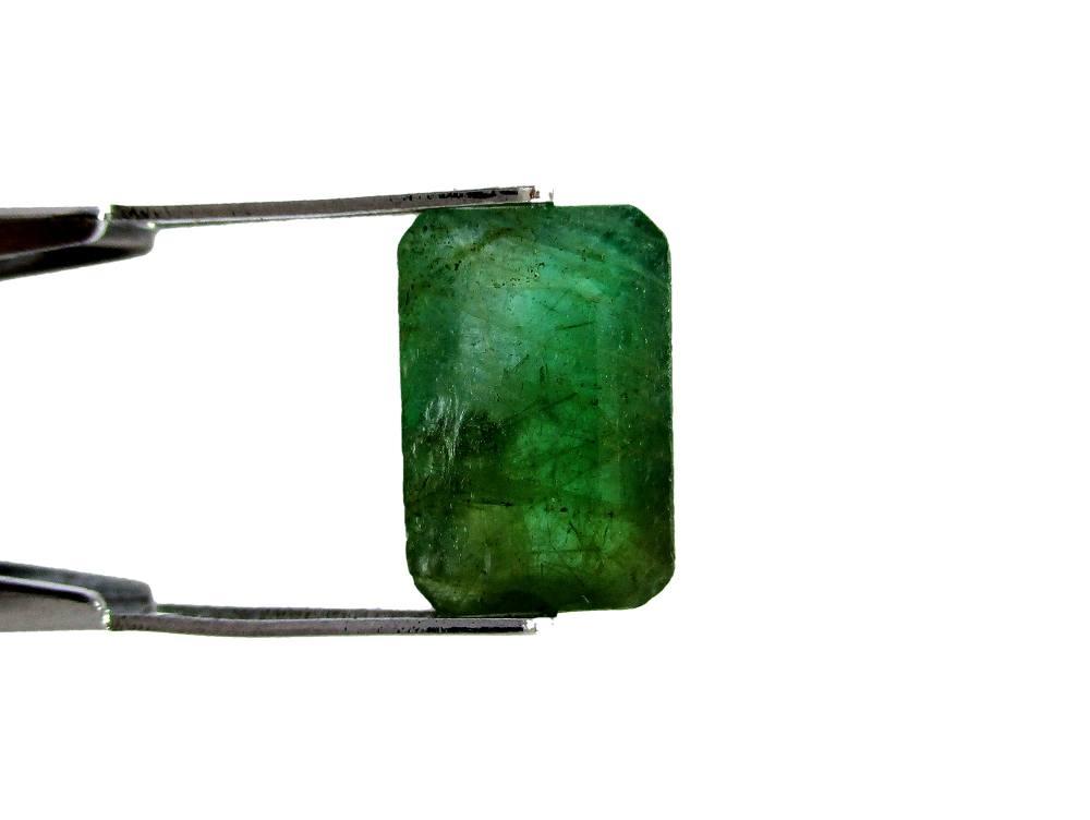 Emerald - 3.30 Carat - GFE06024 - Image 2