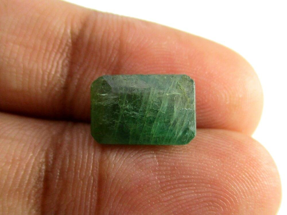 Emerald - 3.30 Carat - GFE06024 - Image 3