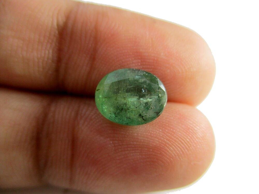 Emerald - 2.72 Carat - GFE06062 - Image 3