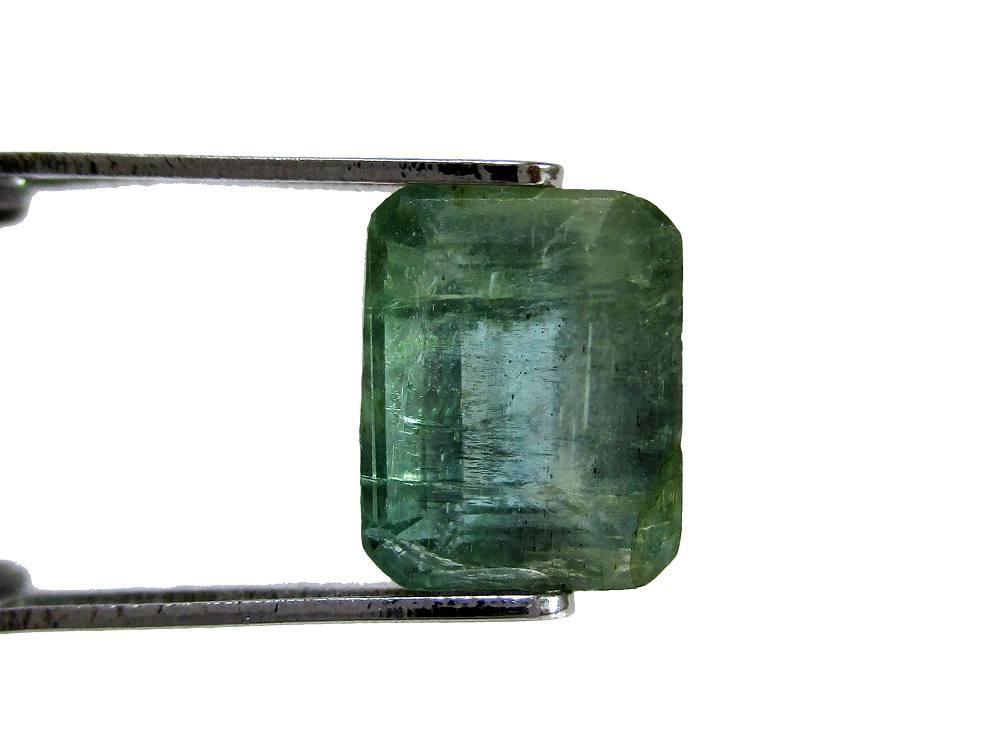 Emerald - 1.85 Carat - GFE06069 - Image 2