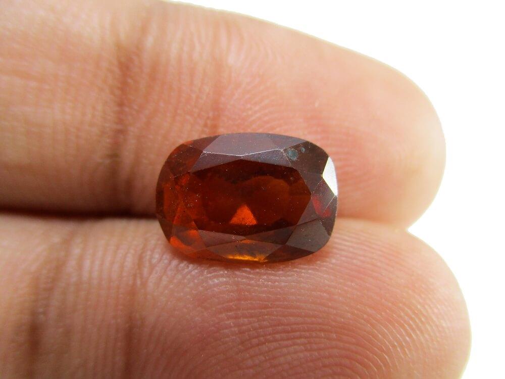 Hessonite Garnet - 3.46 Carat - GFE09001 - Image 3