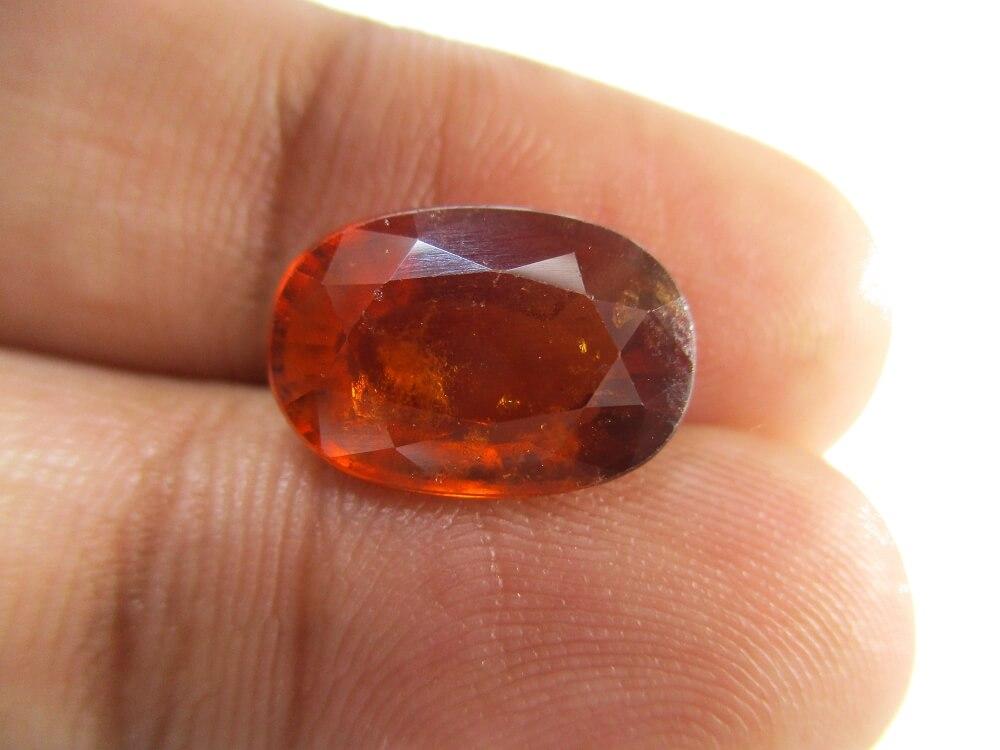 Hessonite Garnet - 5.64 Carat - GFE09031 - Image 3