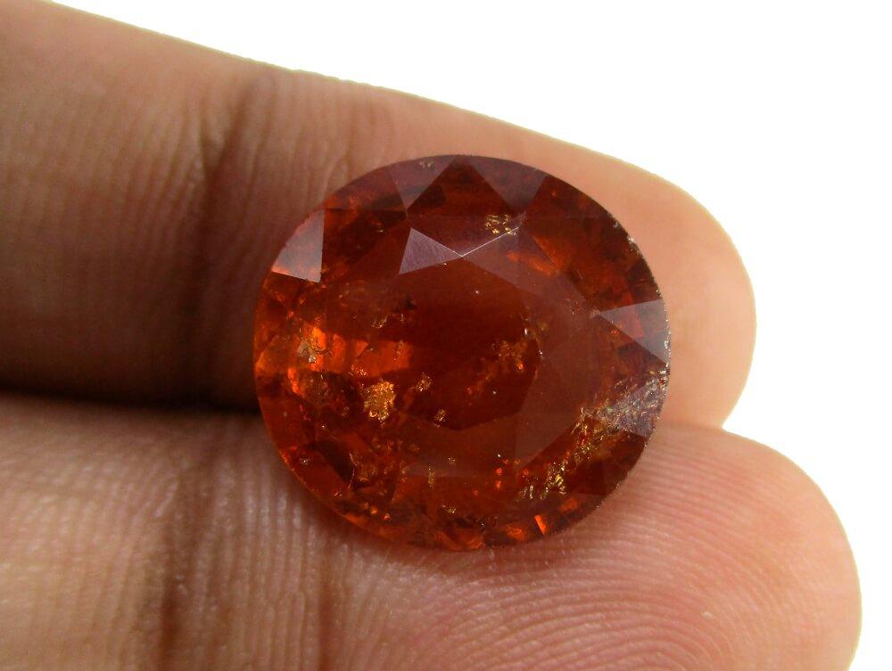 Hessonite Garnet - 12.30 Carat - GFE09077 - Image 3